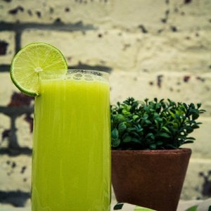 Green juice named Green Ginger Ale